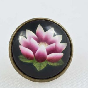 Chica Manga Nana pin lotus tattoo 20mm bronze