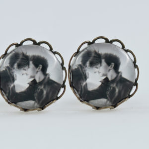 chica manga Earrings stud waves Antique bronze Kiss