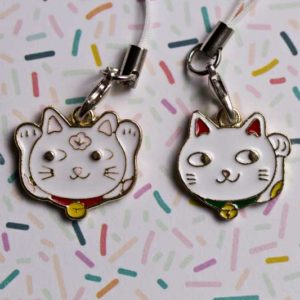 Chica Manga mobile phone charm Maneki nekos white