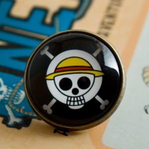 Chica Manga One Piece Straw Hat Pirates Badge